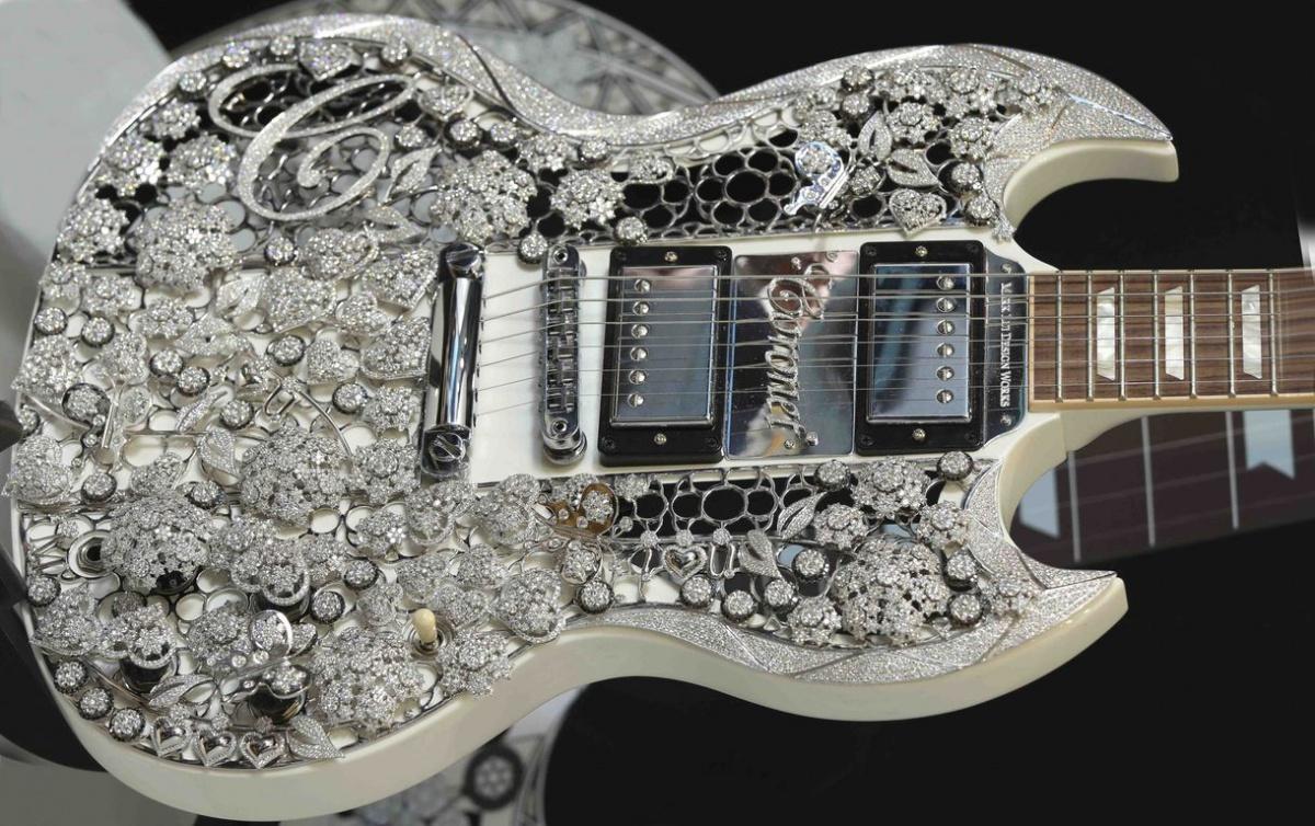 Gibson SG Standard s úpravou Aarona Schuma