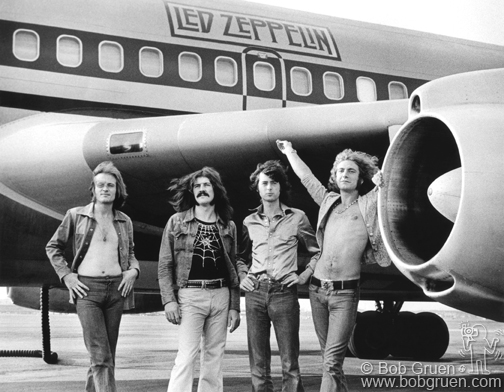 Led Zeppelin, 1977