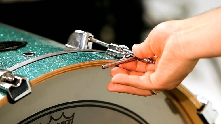Ladění basového bubnu