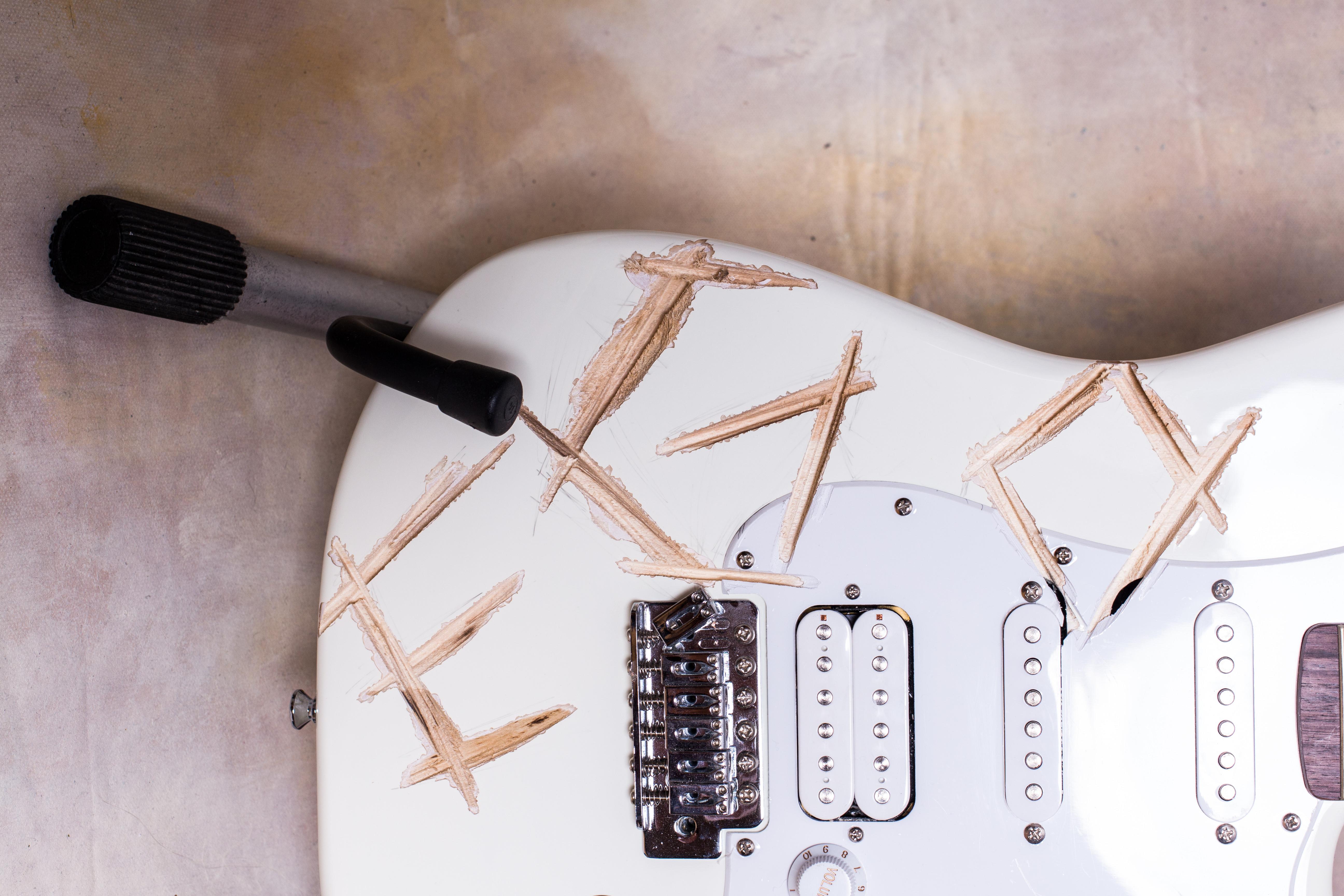 Kytara od Milana Caise