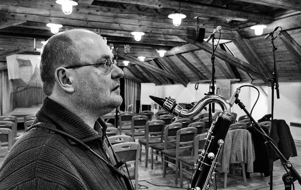 Michal Hrubý, basklarinet a nahrávání alba Květovaný kůň; foto: archív autora