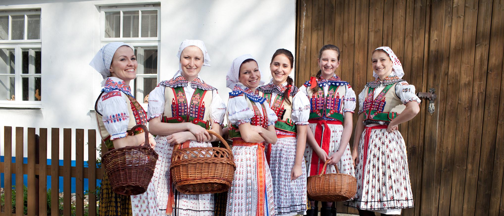 Galánky z Oskoruše vystoupí společně s kapelou MUSICA FOLKLORICA