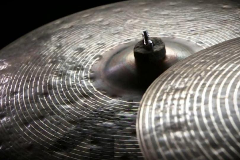Zoznamka Vintage k zildjian činely