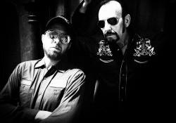 David Babka s Philem Shoenfeltem hraje v duu i v kapele