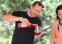 Víno a Hradecký slunovrat k sobě patří (foto: Roman Konečný)