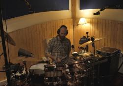 Ondřej Slavík v madridském studiu (foto: Tomáš Bláha)