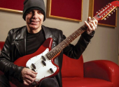 Joe Satriani | Foto: Wikipedie