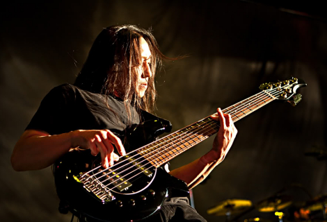 John Myung z Dream Theater
