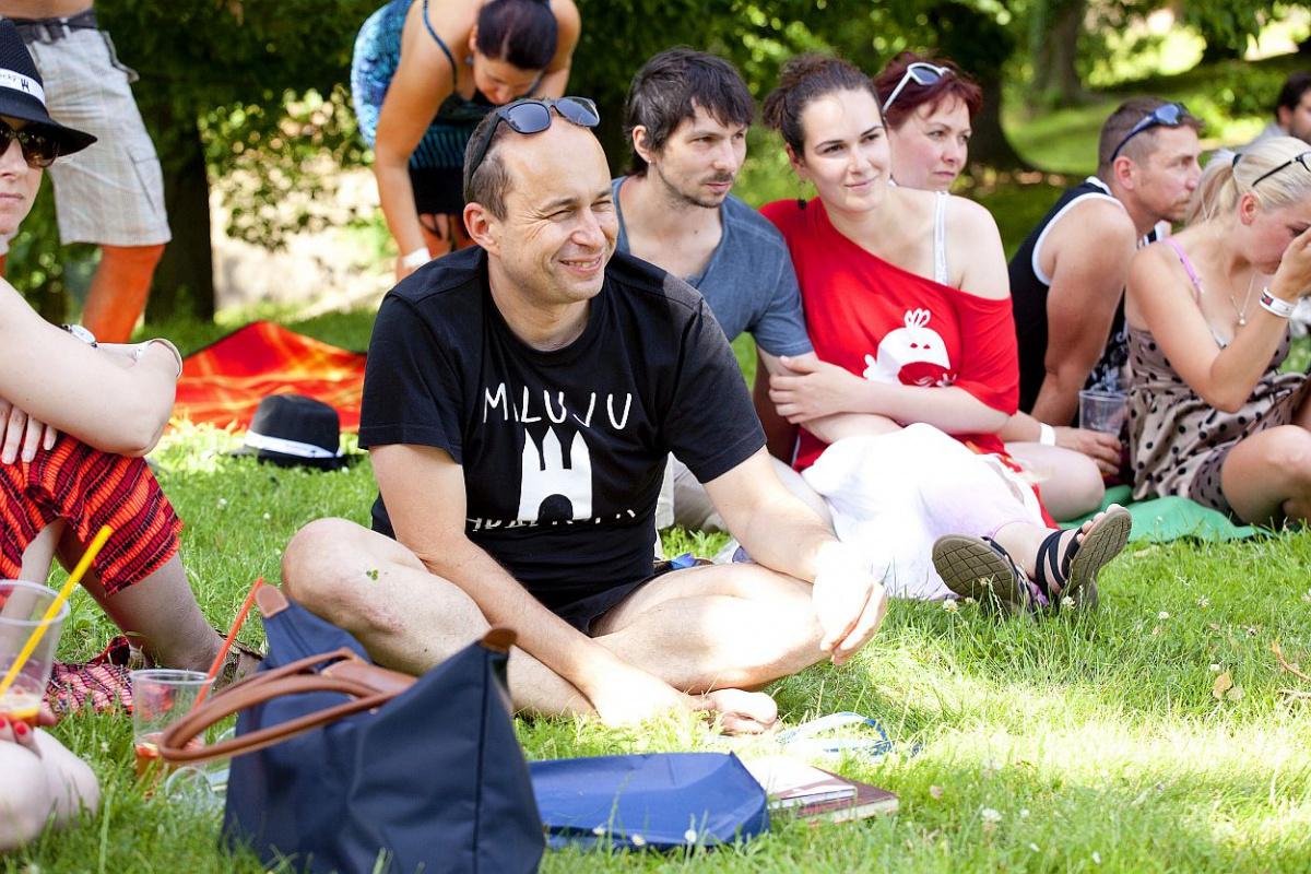 Vašek Müller mez diváky festivalu (foto Tomáš Rychtář)